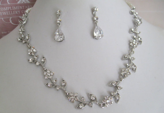 Bridal jewelry bride necklace bridesmaid necklace rhinestone bridal jewelry bride necklace bridesmaid necklace rhinestone and pearl floral bridal jewely set junglespirit Image collections