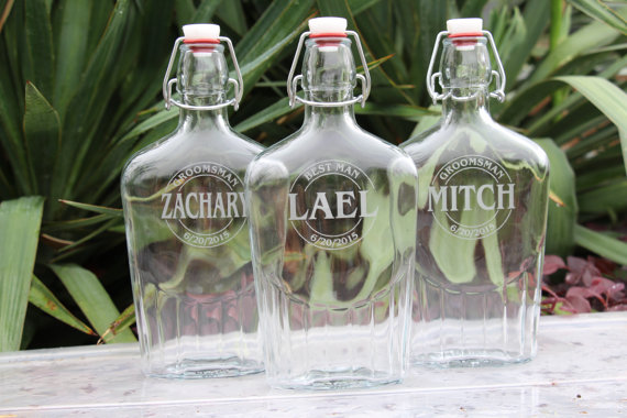 Mariage - Glass Flask, Groomsman Gift Flask, Flask Gift Sets, Personalized Groomsmen Gift, Flask Engraved, Custom Groomsmen Gift, Liquor Flask