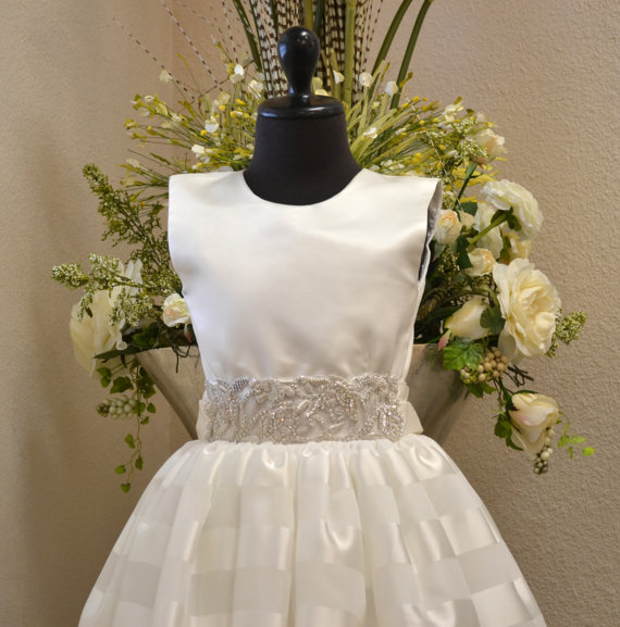 Свадьба - First Communion Dress, Cotillion Dress, Confirmation Dress, Flower Girl Dress, Junior Bridesmaid Dress - White, Girls Size 10, Girls Size 12