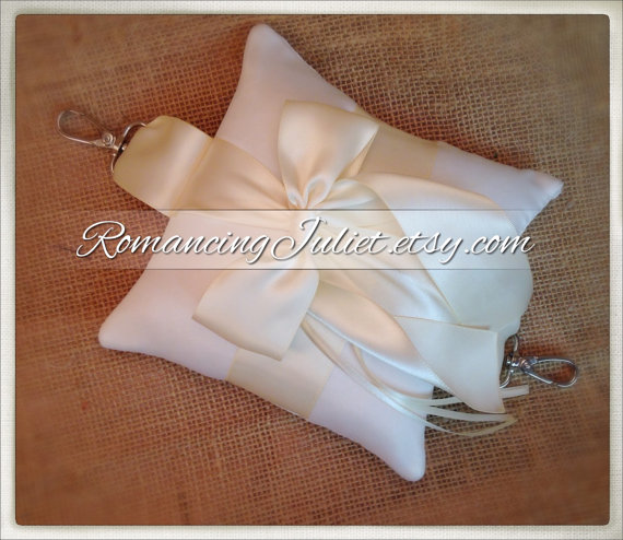 زفاف - Pet Ring Bearer Pillow with Harness Attachment...Made in your custom wedding colors...shown in ivory/ivory