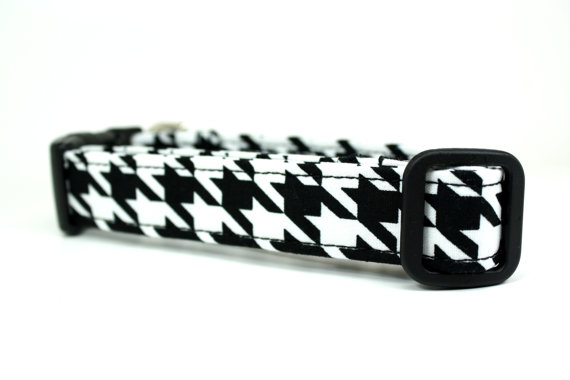 Свадьба - Black and White Hounds tooth Adjustable Dog Collar / Made to Order in 5 Sizes / Wedding Dog Collar