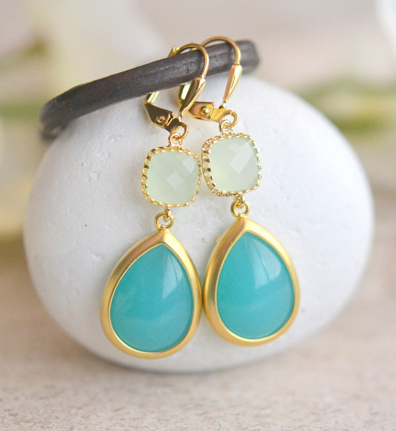 Turquoise And Light Mint Dangle Earrings In Gold Drop Bridesmaids Gift Wedding Jewelry