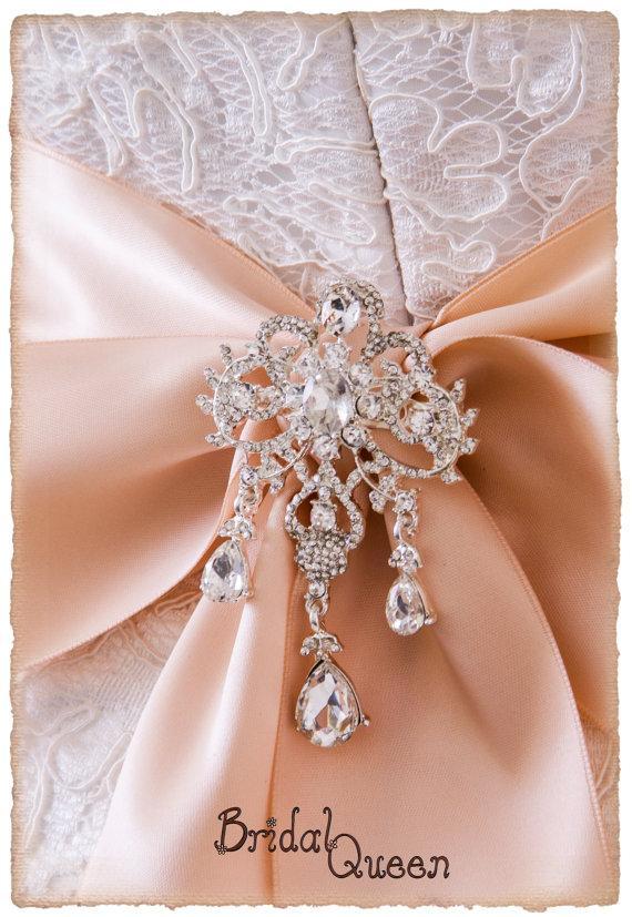 Свадьба - Crystal Brooch For Bridal Sash, Bridal Sash Brooch, Wedding Brooch, Bridal Brooch, Bridal Sash Pin
