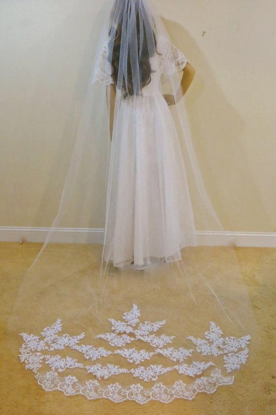 Свадьба - Cathedral Veil, Mantilla Veil, Bridal Veil, Wedding Veil, Lace Veil, White Veil, Ivory Veil, Long Veil, Tulle Veil