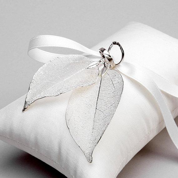 زفاف - Wedding Ring Bearer Pillow - Rustic Wedding, Bridal Ring Pillow - Real leaves