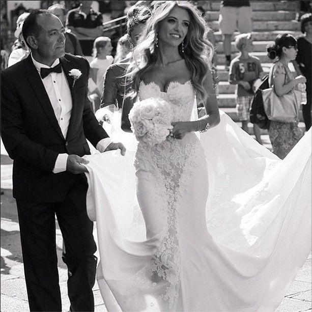 Свадьба - Bridal Fashions & Couture