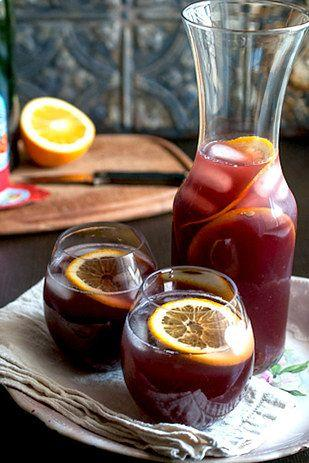 Hochzeit - 17 Super Easy Sangrias To Make This Summer