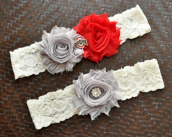 Mariage - Ohio State Buckeyes Wedding Garter Set, Ohio State Buckeyes Bridal Garter Set, Ivory Lace Wedding Garter, Ohio State University Garter