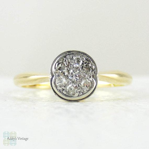 زفاف - Art Deco Diamond Engagement Ring, Diamond Cluster Ring in Circle Shape, 18 Carat Gold & Platinum, Circa 1920s.