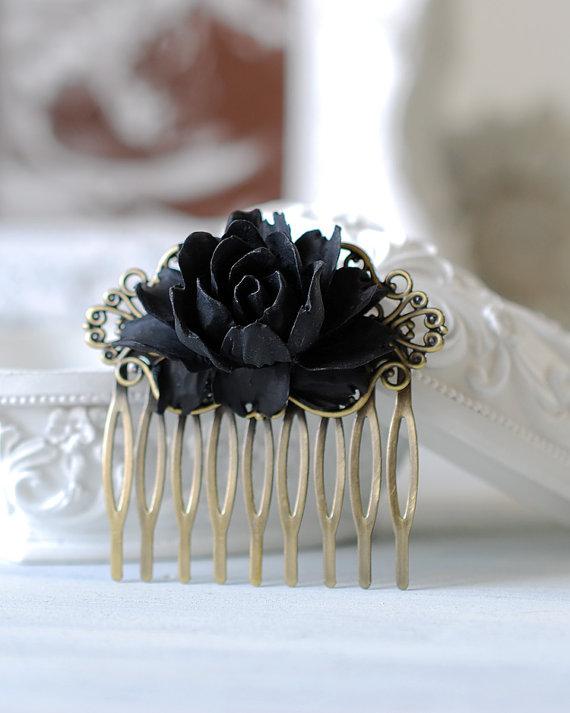 Mariage - Black Rose Flower Hair Comb. Goth Gothic Hair Accessory, Black Wedding Bridal Hair Comb, Gothic Wedding Hair Accessory, Holloween
