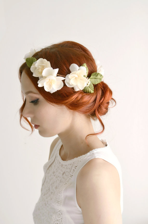 زفاف - Bridal crown, ivory flower crown, wedding headpiece, circlet, hair wreath, bridal crown, wedding hair accessory