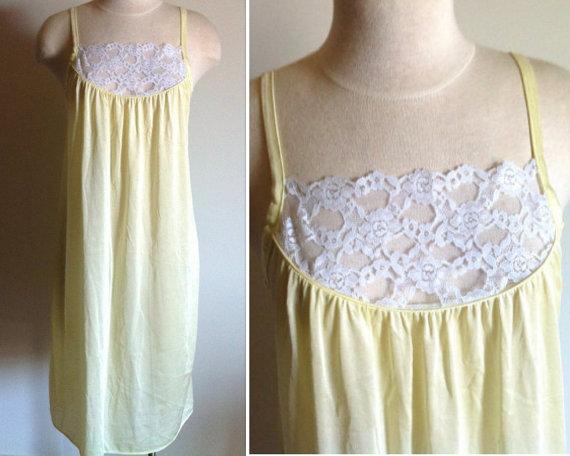 Mariage - Yellow Nightie, Size Medium, Vintage Women's Nightgown, Sears Ladies' Yellow Nightgown