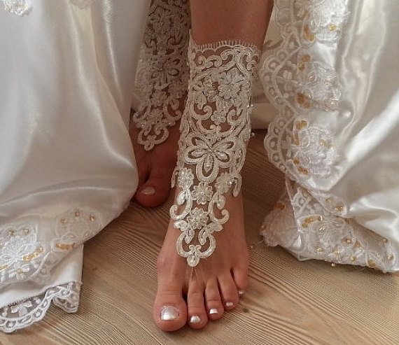Hochzeit - ivory  Barefoot , french lace sandals, wedding anklet, Beach wedding barefoot sandals, embroidered sandals.