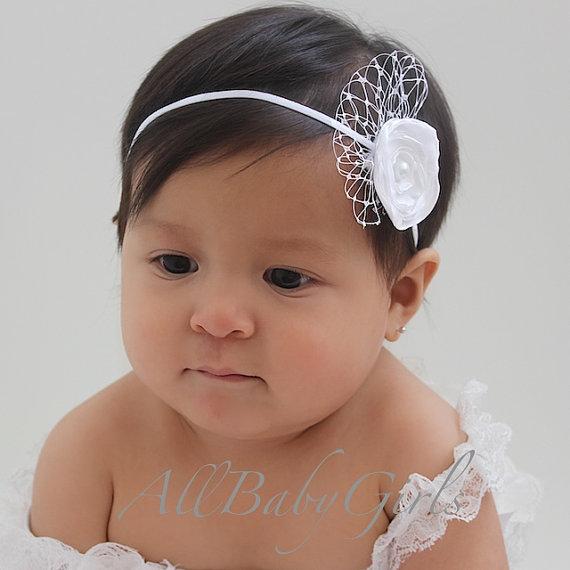 Свадьба - White Flower Baby Headband for Newborns, Infants, Toddlers, & Girls. Flower Newborn Headband, Flower Baby Headband, Flower Infant Headband