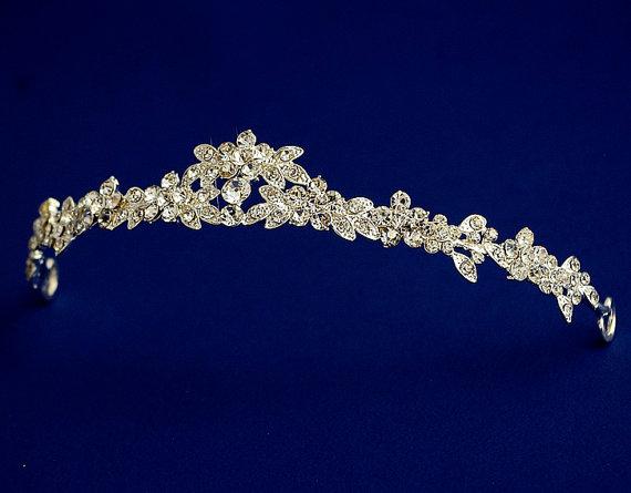Свадьба - Petite tiara, Delicate floral headband, Weding rhinestone tiara, Bridal crown, Silver, Wedding headpiece