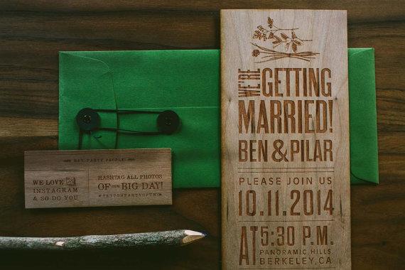 Hochzeit - Nature Inspired Wooden Engraved Wedding Invitation