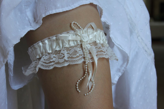 زفاف - READY TO SHIP - wedding garter belt - ivory bridal garter - weddinggarter  - garter wedding -  bridal garter -  stretchy garter - garter set
