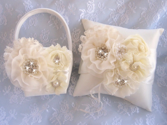 Mariage - Sale Ivory Flower Girl Basket Ring Bearer Pillow, Flower Girl Basket Set Wedding Pillow Elegant and Classic