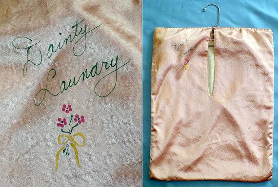 Mariage - Dainty Laundry 30s Vintage Boudoir Lingerie Bag Closet Organizer Nice Gatsby Bridal Shower Gift
