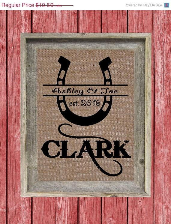 Mariage - 25% OFF SALE Personalized Horseshoe BURLAP Print .... Bridal Shower Gift .. Wedding Gift ... Anniversary Gift .... Engagement Gift ..