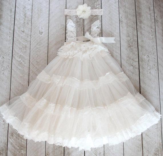 زفاف - Lace Flower Girl Dress in Off-White with FREE Lace and Flower Headband - Flower Girl - Vintage - Shabby Chic - Wedding - Lace Dress - Rustic