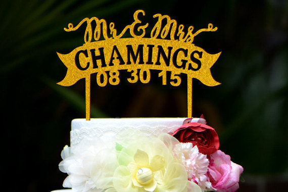 زفاف - Personalized Last Name Wedding Cake Topper, Custom Mr and Mrs Cake Topper, Personalized with YOUR Last Name 095