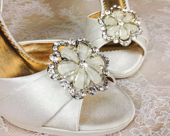 Wedding shoe clips bridal shoe clip crystal shoe clip wedding shoe clips bridal shoe clip crystal shoe clip rhinestone shoe clip bridesmaids shoe clips shoe embellishments junglespirit Image collections