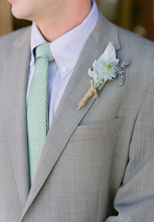 Mariage - A Romantic Mountain Wedding In Idaho Filled With Local Food And Flowers