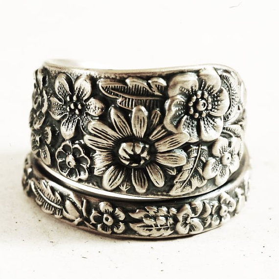 Hochzeit - Customizable Ring Size in Antique Wild Flower Spoon Ring By Alvin in Sterling Silver, Handmade Gift for Her (5325)