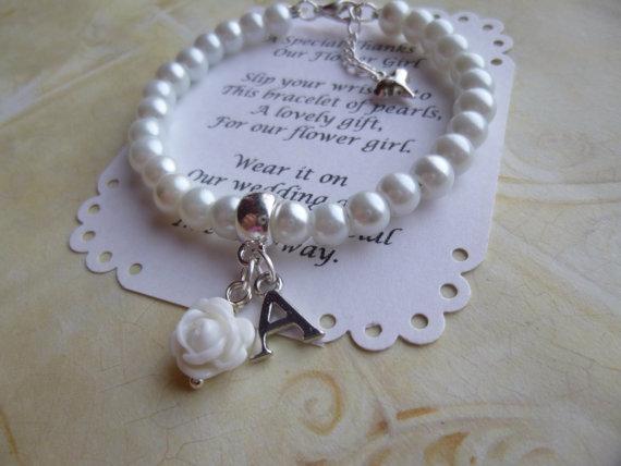 زفاف - Personalized Flower Girl Bracelet, Pearl Flower Girl Bracelet, Personalized Pearl Flower Girl Bracelet, Personalized Childrens Jewelry, Gift