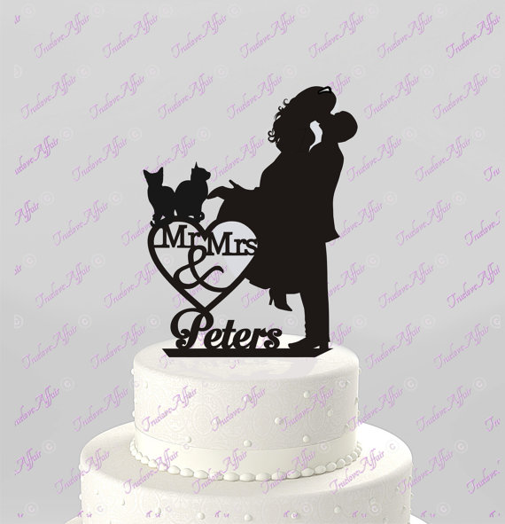 Wedding - Wedding Cake Topper Silhouette Couple Mr & Mrs Personalized with Last Name and Two Cats, Acrylic Cake Topper [CT4c2]