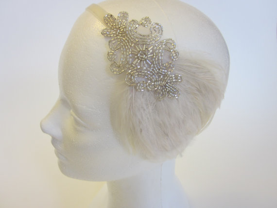 Свадьба - Tocados 1920s Tocados Gatsby Silver Headband 1920s Wedding Headband Cream Ivory Feather Fascinator Ivory Ribbon