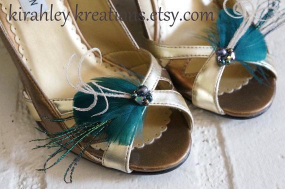 زفاف - DEIDRA --  Bridal Wedding Shoe Clips in Dark Teal / Aqua Feathers w/ Peacock Sword, Herl and Custom Beaded Cluster Perfect 4 Bridesmaid Gift