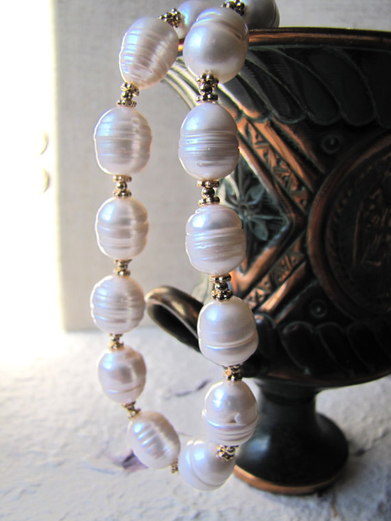 Hochzeit - Large Baroque Pearl Necklace, Natural Pearl Necklace, Freshwater Baroque Pearl Necklace, mother of the bride jewelry