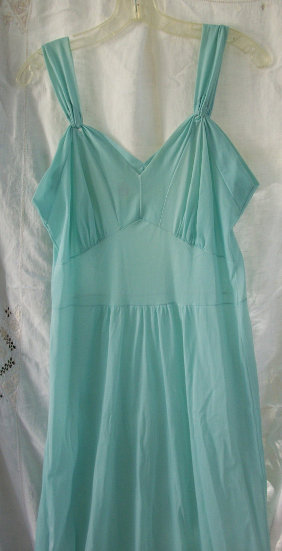 Mariage - Floor Length Nightgown ~ Turquoise Blue tone ~ Vintage ~ Cool Sleepwear