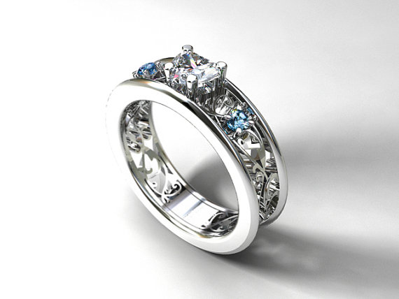 Mariage - Heart cut white sapphire engagement ring with aquamarines, filigree ring, aquamarine engagement, light blue, heart  sapphire, white gold