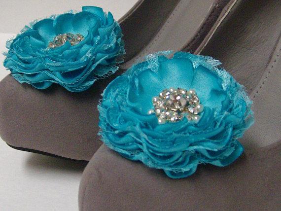 Свадьба - Aqua Blue Wedding Flower Shoe Clips / Hair Clips / Bridal Accessories / Set of 2 .