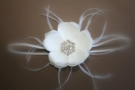 Wedding - Baby Headband..Baby Flower Headbands..Baby Girl Headband..White Flower Headband with Feathers and Rhinestones..Great for Baptism/Christening