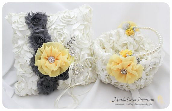 Mariage - Set of 2 Wedding Bridal Handmade Lace Ring Pillow and Basket Set Custom Bridal Bearer Brooch Flower Pillow Basket in Ivory, Yellow and Gray