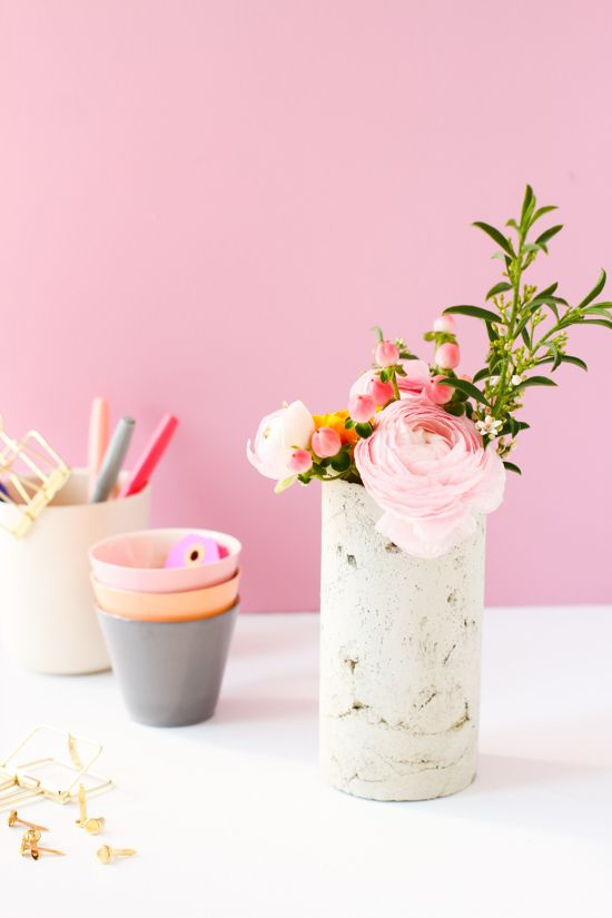 Свадьба - Concrete Plan: How To Make A DIY Concrete Vase With A Mailing...