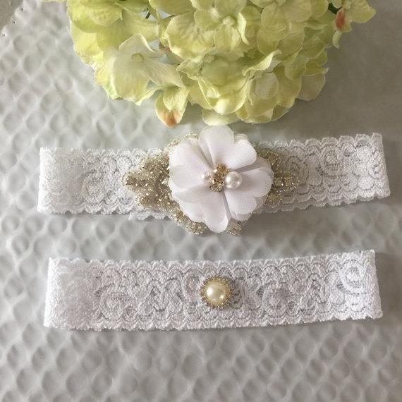Hochzeit - White Bridal Garter Set,Wedding Garter Belt Set,Chiffon Garter,Rhinestone Pearl Garter,Wedding Toss,Brooch Garter,Prom Garter,Keepsake
