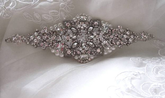 Свадьба - Wedding Bridal Jeweled Beaded Crystal Embellishment Sash Belt Brooch Applique