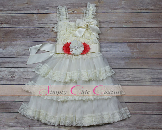 Mariage - Country Flower Girl Dress, Rustic Flower Girl Dress, Burlap Flower Girl, Country Wedding, Burlap Rustic Flower Girl Dresses, Coral Wedding