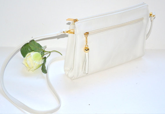 Wedding - Vintage 70s  white leather cream clutch handbag evening purse by Laura Gayle wedding tussle purse gift for her
