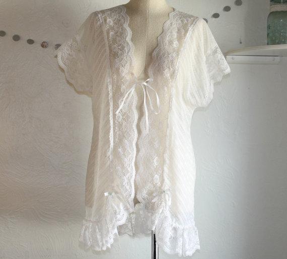 Wedding - White Lace Kimono Robe. Size Small / Med