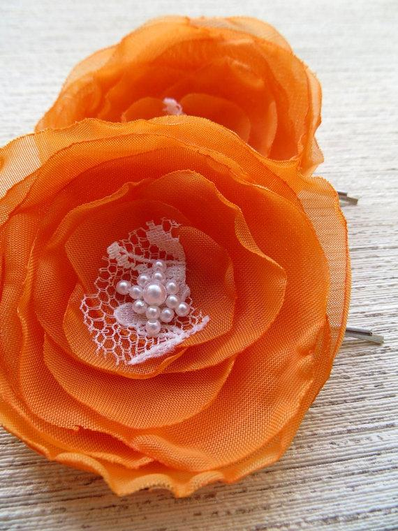 Свадьба - Orange bridesmaid hair flowers (set of 2), bridal hairpiece, bridal hair clips, wedding hair accessories, wedding hair flower