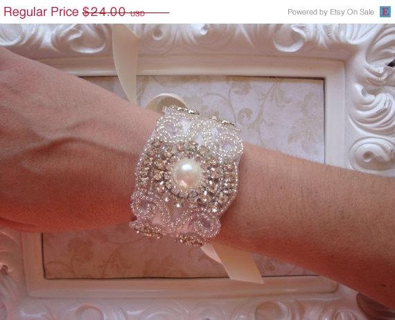 Mariage - ON SALE Bridal Bracelet - Rhinestone and Pearl Bridal Bracelet - Bridal Cuff - Bouquet Wrap