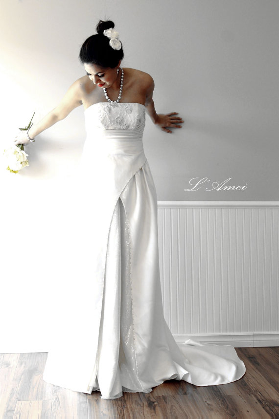 Custom made elegant classic ivory silk satin wedding dress for Satin silk wedding dresses