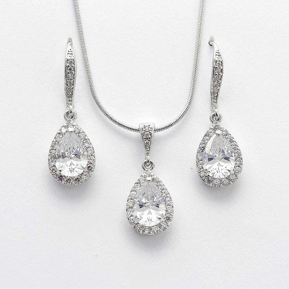 Hochzeit - Bridal Earrings Necklace Set Wedding Jewelry Set Cubic Zirconia Crystal Silver Bridesmaid Jewelry Set