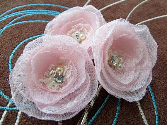 Hochzeit - Blush pink bridal bobby pins(set of 3), bridal hair piece, bridal hair accessory, wedding hair accessories, flower hair clips, bridal flower